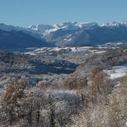 Les vallons du Luz sous la neige - Arros de Nay · © stockli