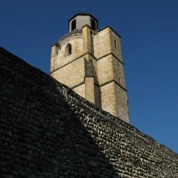 Les remparts de la Bastide et l'église Saint Vincent