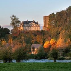 """Lo que a de ser no puede faltar"" - Château de Coarraze · © stockli"