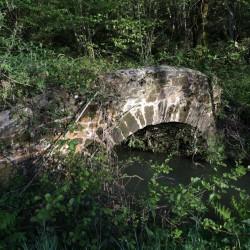 Le Pont Neuf du Gest - haut de Bosdarros · © stockli