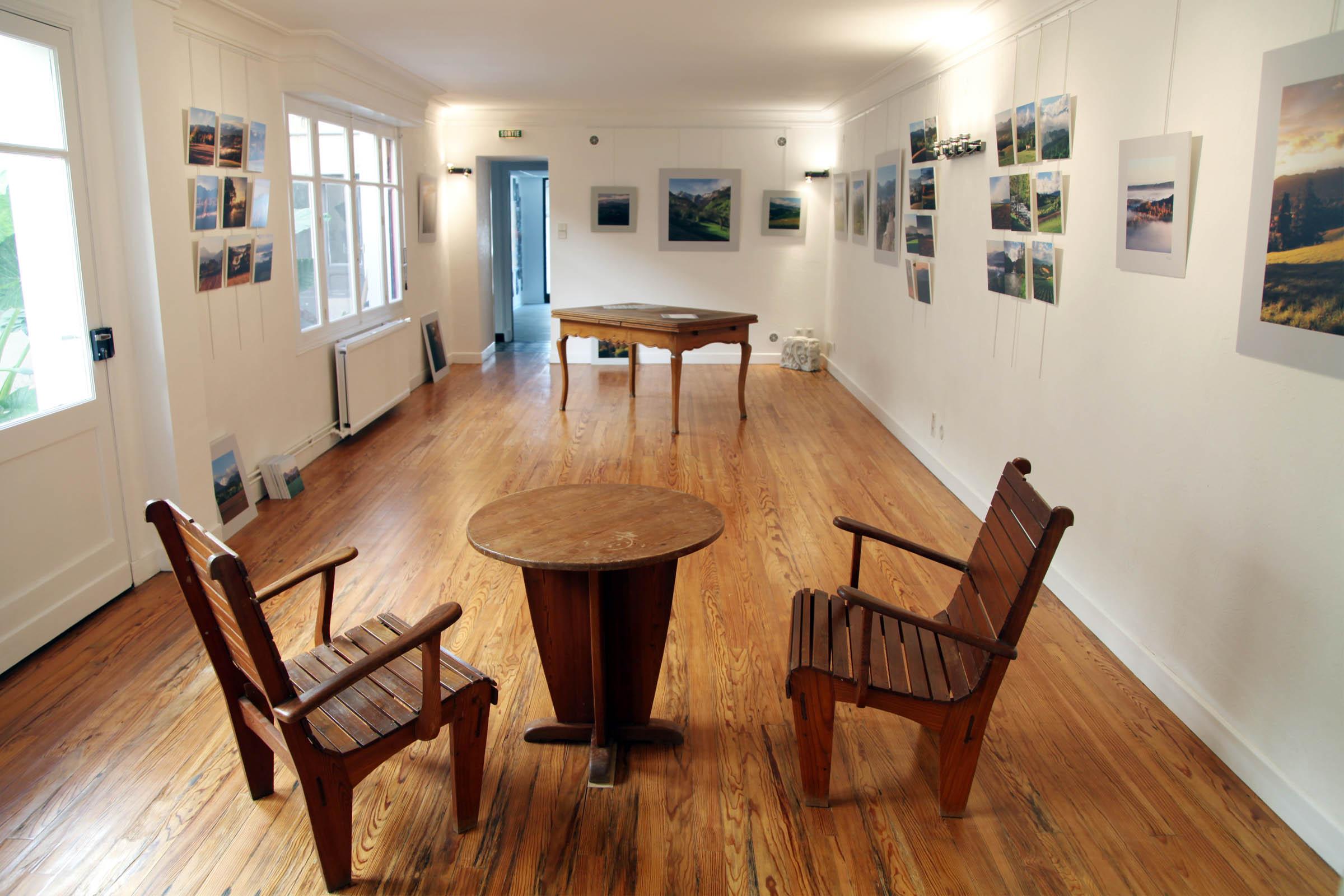 Salle d'exposition de l'atelier Stockli à Nay
